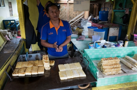 Rice Cake Seller