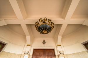 Art Deco Installation
